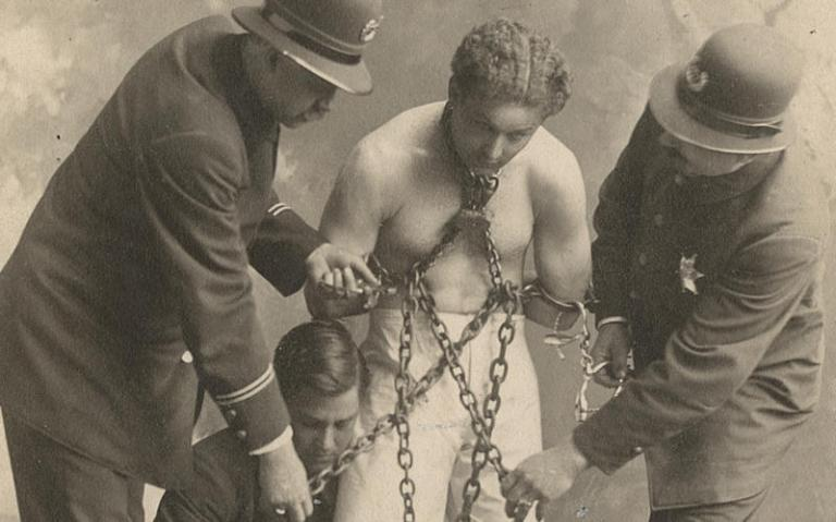 Houdini-in-chains-and-ball-weights_CROP-800x500